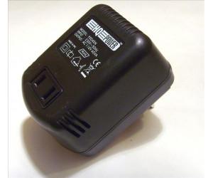 Voltomvandlare 220 till 110 volt, 45W