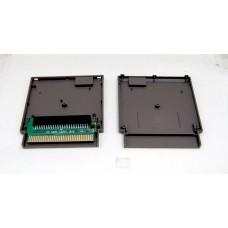 Adapter för Famicom-spel på NES + skal