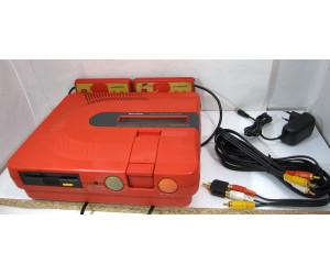 Twin Famicom (röd) - restaurerad , väl fungerande